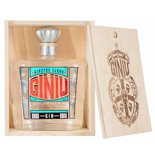 Gin Giniu Silvio Carta